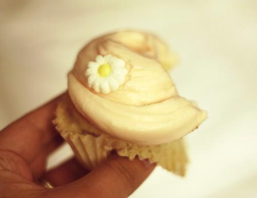 Magnolia Bakery Cupcake Vanilla