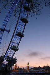 IMG_1626 | London Eye, Big Ben and The Parliament on the Back | London (nicodeuru1) Tags: london eye delete10 thames night delete9 delete5 delete2 big ben delete6 delete7 save3 parliament delete8 delete3 delete delete4 save save2 save4 save5 tamesis
