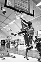 CRO-0988 (Carl Riot) Tags: basketball norway 35mm norge riot basket ii carl ohr brent 5d f2 bergen bball 35 hackman mk frya gimle bergenshallen