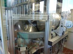 luftgekühlte Xenon Scheinwerfer simulieren die Sonneneinstrahlung (pppspics) Tags: schweiz switzerland solar zurich h2o heat zürich h2 reactor hydrogen eth co2 ceria ethz reaktor syngas wasserstoff aldosteinfeld philippfurler ceriumoxid synthesegas