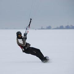 Snowkite Arne (The Sandy) Tags: winter snow holland sport extreme snowboard arne snowkite monickendam gouwzee