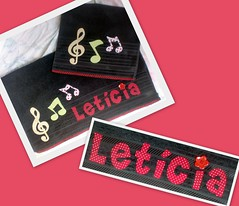 Toalha Letcia (Patch For Kids) Tags: artesanato patchwork camiseta notasmusicais customizao patchcolagem toalhadebanho patchapliqu