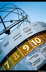 9 AM at New Orleans (Tafelzwerk) Tags: world berlin clock germany deutschland nikon orleans platz centre center filter alexanderplatz zentrum mitte pol uhr polarization weltzeituhr polfilter d3000 nikond3000 tafelzwerk tafelzwerkde
