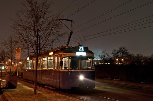 Nacht und Nebel am Westfriedhof: Solo-P-Wagen 2021 gönnt sich eine kurze Pause.