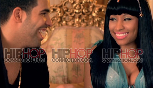 Nicki Minaj ft Drake Moment 4 life 3