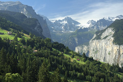 Valle de Lauterbrunnen (pierre hanquin) Tags: alps color berg alpes landscape schweiz nikon getty helvetia svizzera ch berneroberland oberland