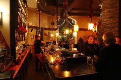 Arizona Bar.JPG (daniel.gogberg) Tags: bar night iso3200 stockholm 7d nightphoto highiso arizonabar 1585mm canon7d