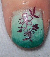 green ombre flower nail look