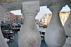 Dal ponte di Rialto (MarioLaser) Tags: venezia venice ponte rialto gondola canal grande grrand channel