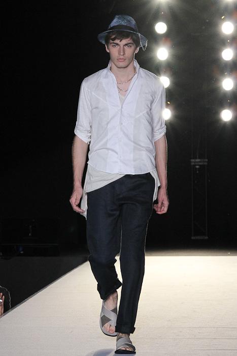 SS11_Tokyo_LANVIN en Bleu012_Michael Elmquist(Fashionsnap)