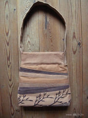 sac brun imprimé au tampon