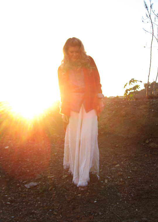mullholland+sunset+long white skirt+the hills+outfit+vintage+