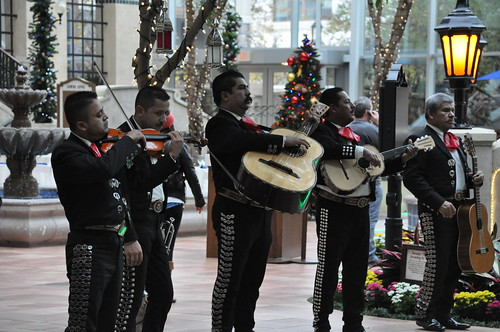 mariachi band at the Gaylord Texan