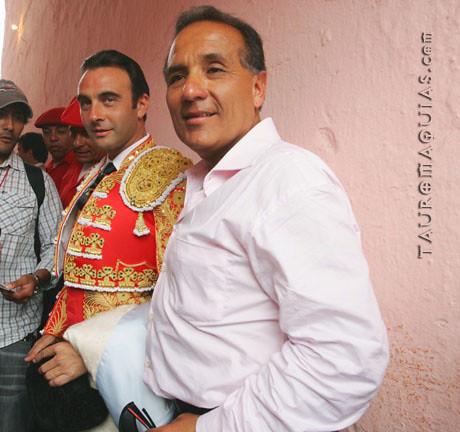 Freddy Villafuerte y Enrique Ponce en Acho