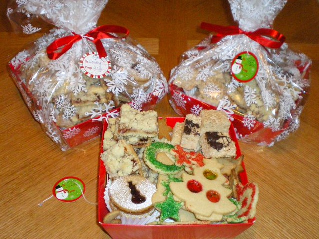 Holiday Cookie Baskets