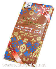 Divine Milk Chocolate with Spiced Cookies