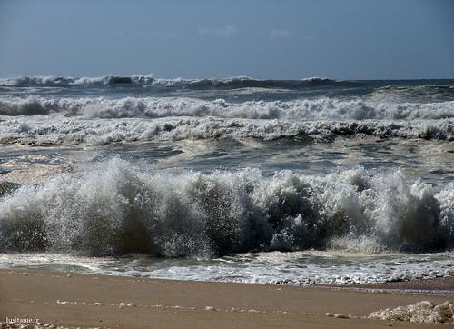 Vento fraco, pequenas ondas