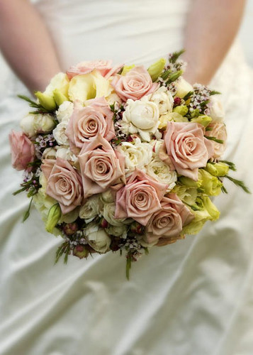 Cost of wedding flowers wedding planning discussion forums re cost of wedding flowers junglespirit Choice Image