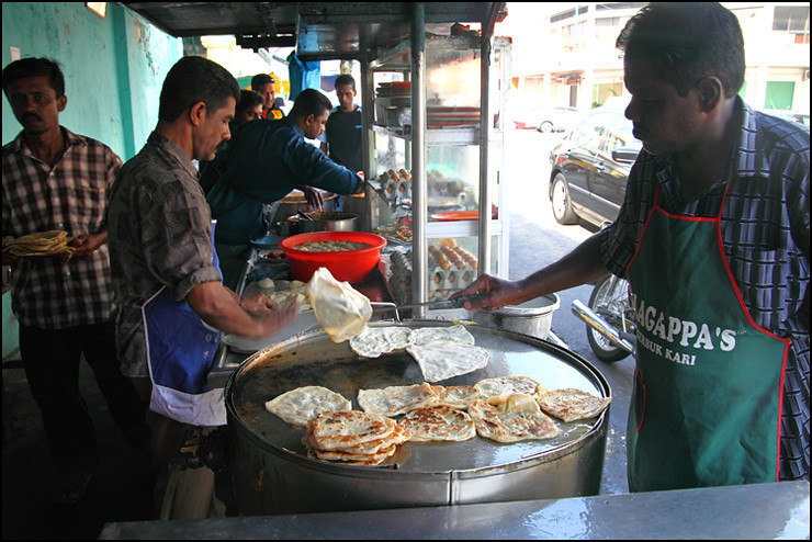 frying-roti-canai