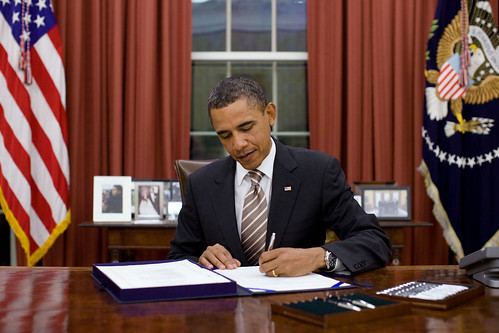 "President Barack Obama signs H.R. 2751, the ""FDA F"
