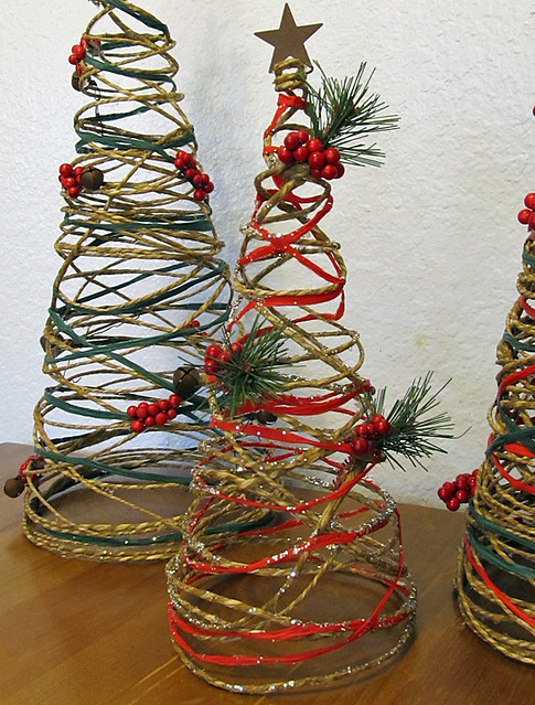 small twine Christmas tree