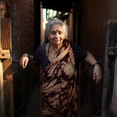 Being Indian (fredcan) Tags: morning travel light woman india home smile lady indian posing shade local gokarna karnataka doorstep southindia pleased brahmin mataji ajji indiansubcontinent peopleofindia