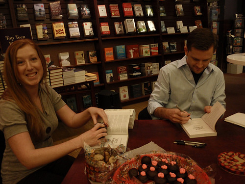 Why yes, I do always look this maniacal when surrounded by books and famous people!!!!!!