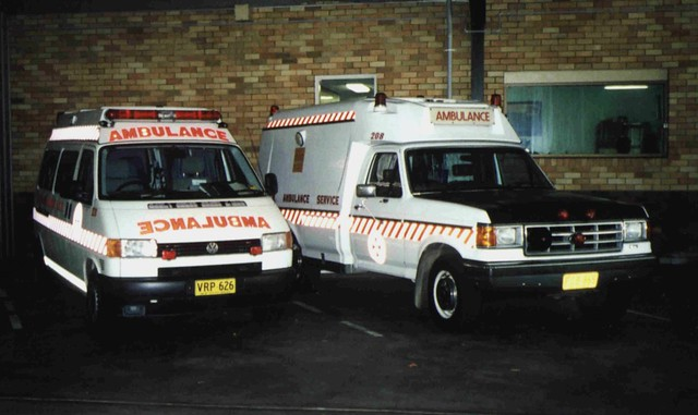 new ford wales vw volkswagen tdi point clare south 1999 ambulance f nsw series service 1989 pt transporter industries t4 tamworth f250 jakab fseries nswas asnsw