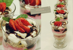 (   ~  ) Tags: strawberries  yummmi
