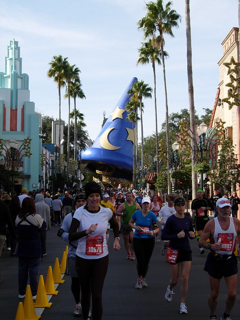 Marathon runners in Hollywood Studios