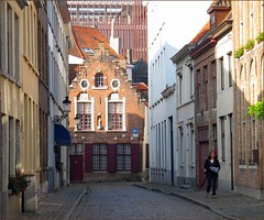 Bruges: A walk in the streets - by Pantchoa