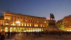 Milan, Italy (ChihPing) Tags: travel italy milan night digital pen lite zoom milano olympus kit 169 zuiko galleria 43 emanuele vittorio   m43  1442 fourthird 1442mm  epl1 microfourthird  2   2