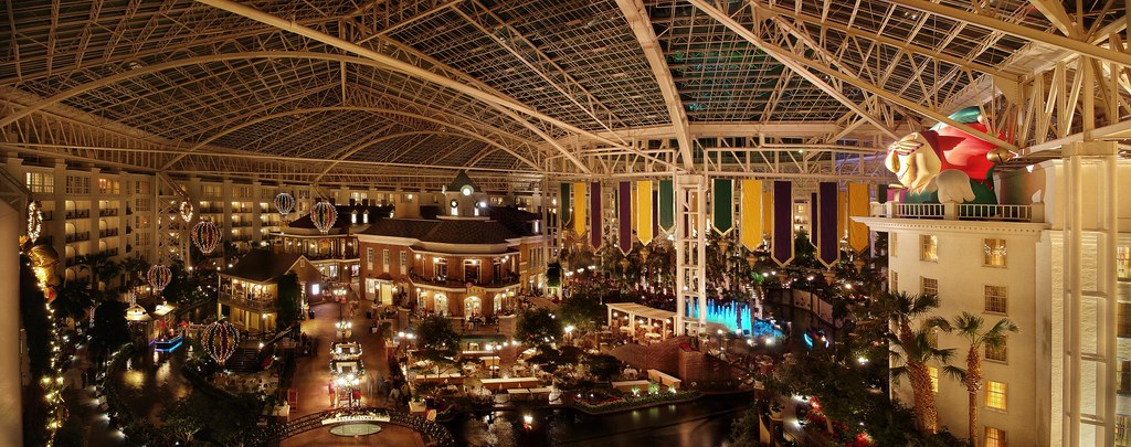 Delta Opryland On High (HDR)