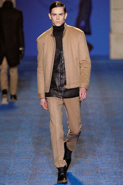 FW11_Milan_Versace021_Jeremy Young(VOGUEcom)