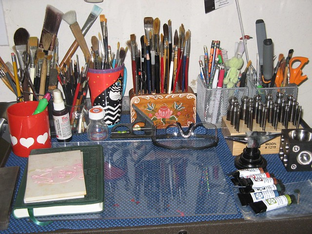 Brushes and tools 001