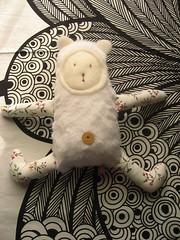 claudio peloso delle nevi (Bennedix.illustra) Tags: bear animals beth puppets pile claudio crafting franco orso lupo pezza stoffa pecora bottoni pupazzi ambrogio uniicorno bennedixillustra