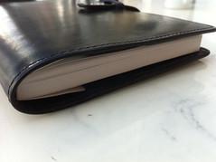 ホワイトハウスコックス クオバディス手帳カバー