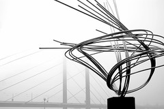 An evanescent bridge (The.Lord) Tags: fog germany bride dusseldorf nebbia germania evanescend