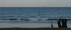 she (Mme Shino) Tags: beach uae fujairah