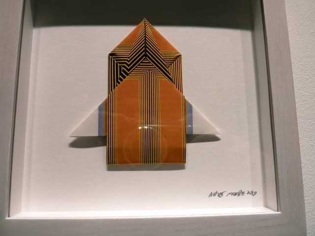 P1050633-2010-12-10-Emily-Amy-Gallery-Nate-Moore-Origami-Single-Detail