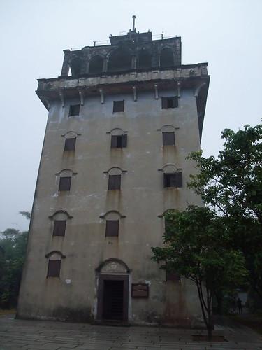広東省 开平碉楼与村落 馬降龍