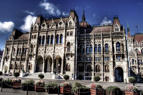 Parliament front facade. Budapest. Fachada frontal del parlamento