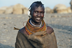 Africa - Kenia / Turkanawoman (RURO photography) Tags: africa pierced necklace african bijoux tribal piercing jewellery tribes afrika tribe kenia anthropology tribo stam africain ethnology tribu frica  turkana stammen juwelen stmme etnia tribus qunia ethnique tribue indegenous ethnie   tribalgroup turkanalake afirka  qunia   turkanagirl   turkanawoman kea    fadingcultures ethnograaf ethnografisch vanishingculture culturasperdidas indegenoustribal eaarrings verdwenenculturen tribalgirl indegenouspeople  lafric  tribus africantribaldesigns tribalgirl