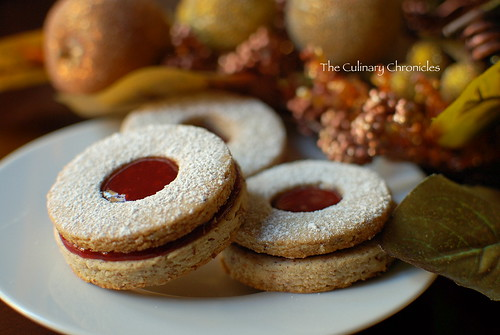 Raspberry Almond Linzer Cookies