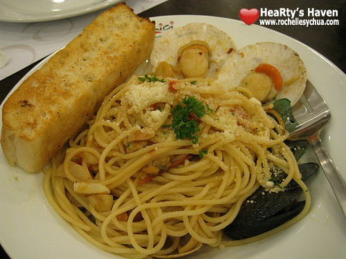 seafood pasta at amici