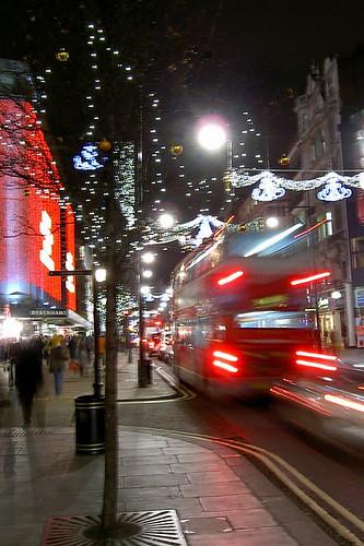 London, UK (by: benjamin b, creative commons license)