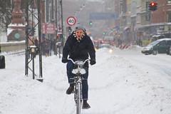 Snowstorm Headwind 02