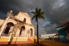 Su iglesia (marianobs) Tags: color arcoiris clouds contraluz arquitectura shadows cuba paisaje colores nubes contraste cielos sombras 1224 contrastes d700 marb nikonfx