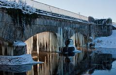 Icicles Monasterevin 241210_3 (mikka631) Tags: aqueduct icicles grandcanal riverbarrow kildare monasterevin monasterevan