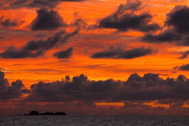 Praslin Sunset, par Franck Vervial